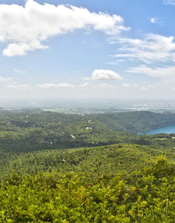 Panoramica del lago Albano e lago di Nemi